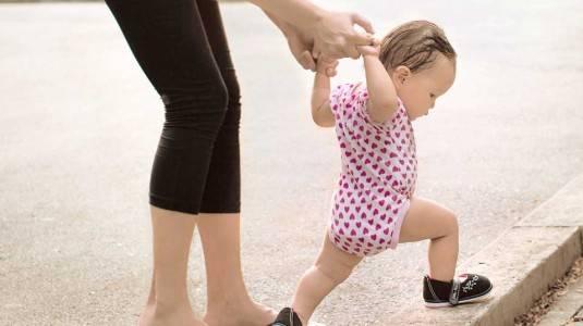 Bagaimana Caranya agar si Kecil Cepat Berjalan?