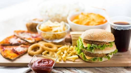 13 Makanan Terburuk Bagi si Kecil